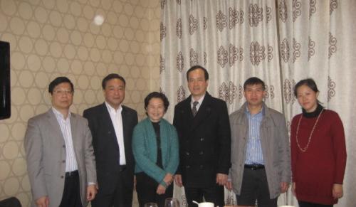 2013年李康校会长与广州市越秀区前统战部黄百平副部长及工商联副会长张志强会面